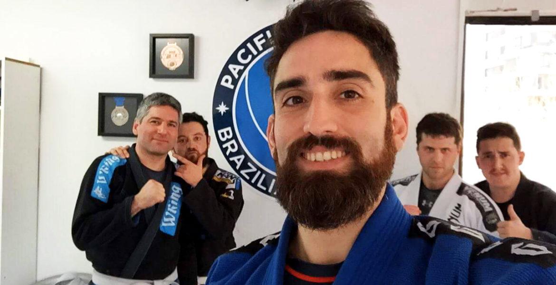 Ricardo Rodríguez, entrenador de Jiu-Jitsu Brasilero en su academia